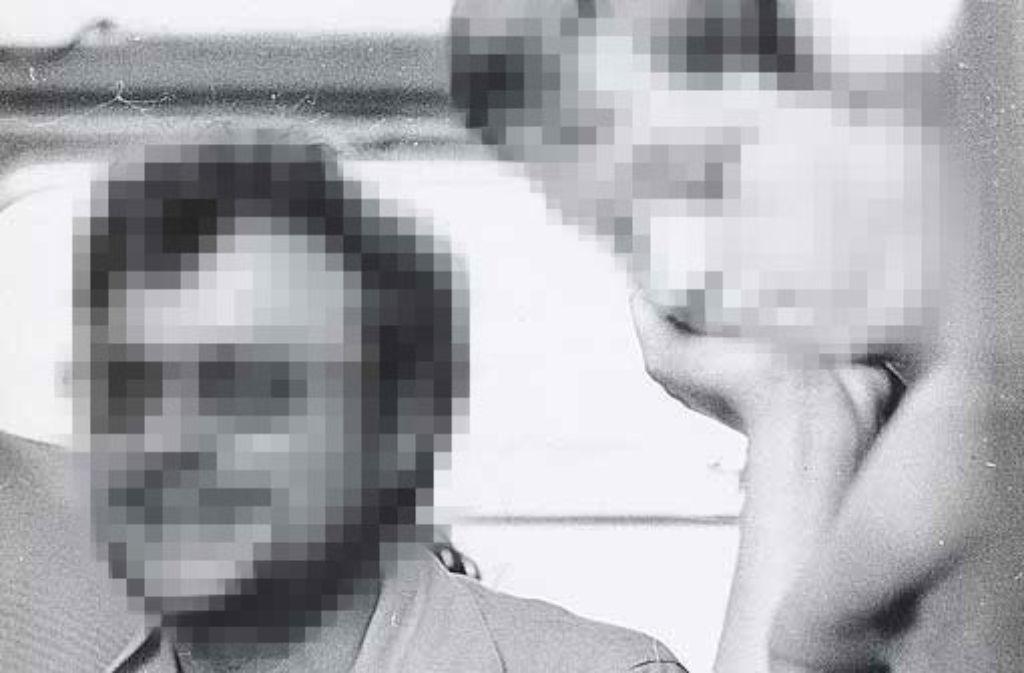 Helmut K. (links) ist wegen des mutmaßlichen Missbrauchs nie belangt worden – aus Gründen des Persönlichkeitsschutzes können wir ihn deshalb nur verfremdet zeigen. Foto: Archiv
