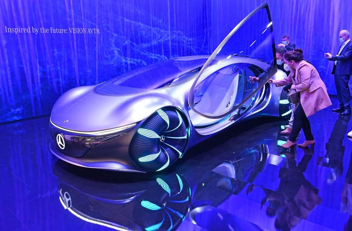 Das Zukunftsauto Vision AVTR von Mercedes Benz lässt die Besucher der IAA staunen. Foto: Sven Simon