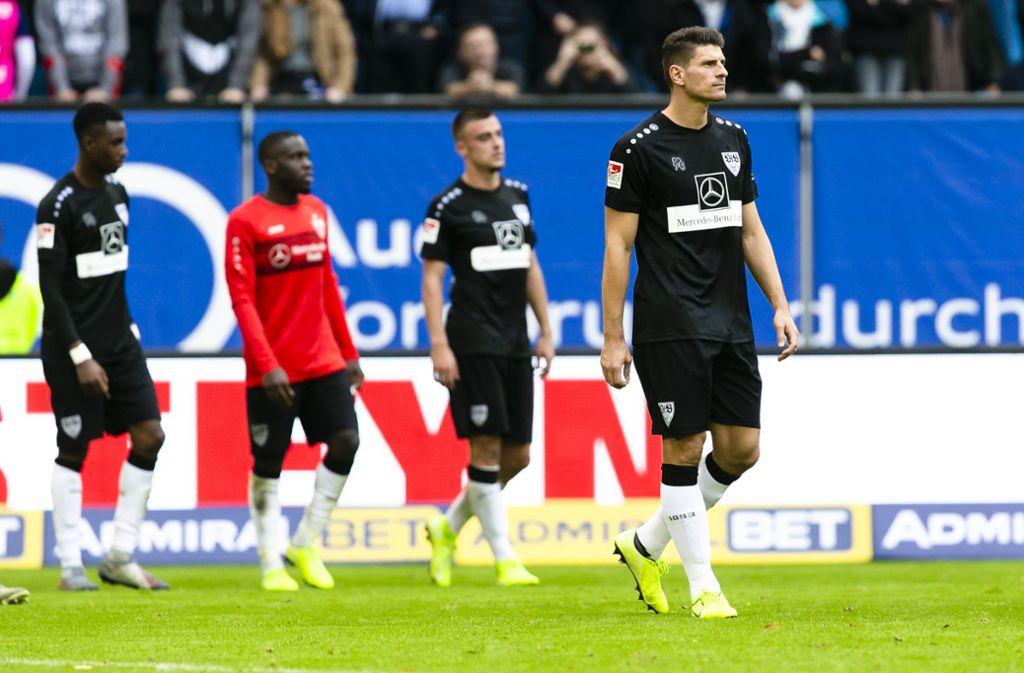 Die Enttäuschung steht den VfB-Profis ins Gesicht geschrieben. Foto: dpa/Frank Molter