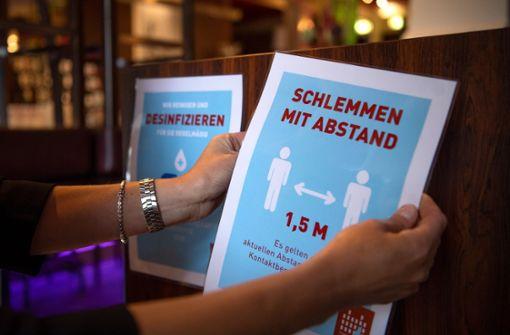 Corona-Ausbruch nach Treffen in Restaurant in Niedersachsen vermutet