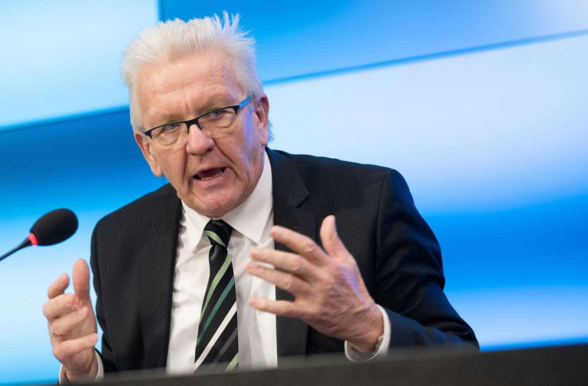 Winfried Kretschmann will sich öffentlich impfen lassen. Foto: dpa/Sebastian Gollnow