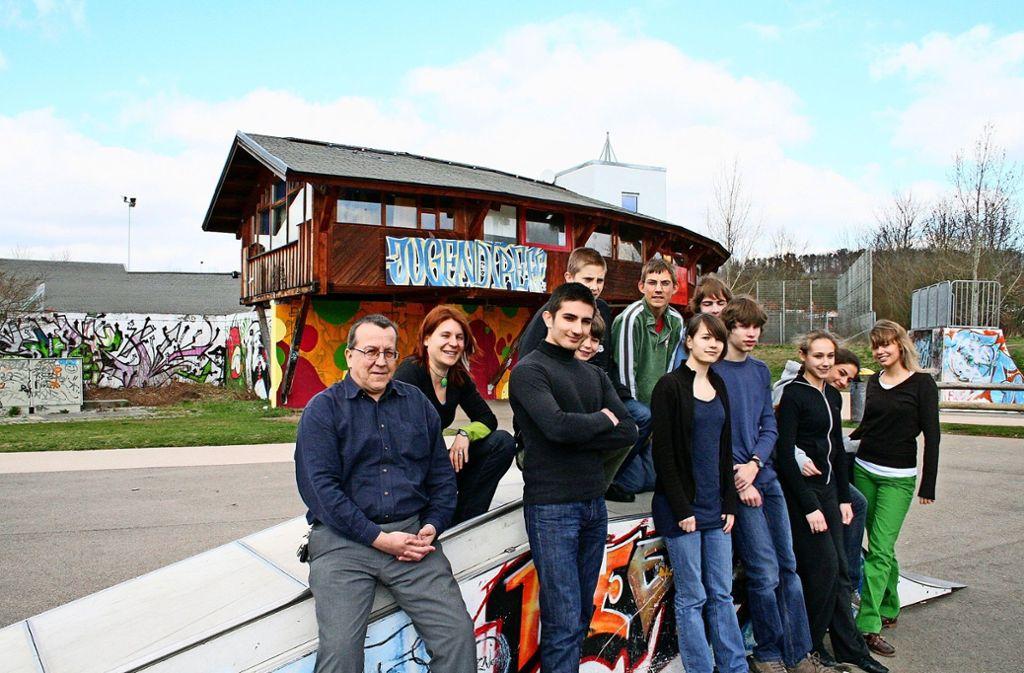 Gert Dannenmann (l.) hofft wieder auf engagierte Jugendliche. 2008 gab es in Feuerbach nur eine Jugendrat-Projektgruppe Foto: Archiv  geo