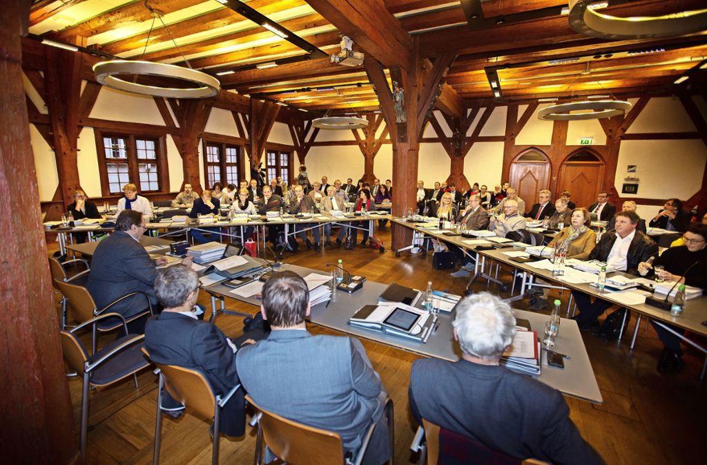 Hiobsbotschaft für den Esslinger Gemeinderat: Weil die Gewerbesteuereinnahmen einbrechen, hat die Verwaltung eine Haushaltssperre verhängt. Foto: Ines Rudel