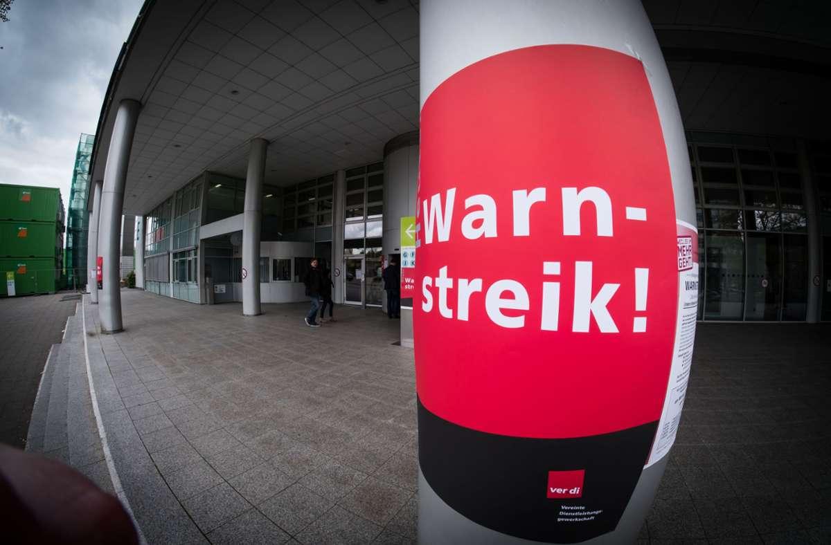 Am Montag und Dienstag fährt das Klinikum Stuttgart wegen des Warnstreiks nur im Notbetrieb. Foto: Lichtgut/Achim Zweygarth