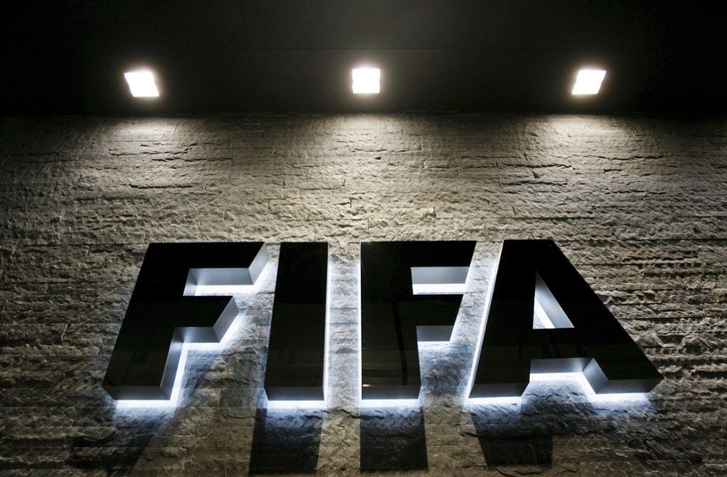 Die senegalesische Diplomatin Fatma Samoura soll neue Generalsekretärin des Fußball-Weltverbandes Fifa werden. Foto: dpa