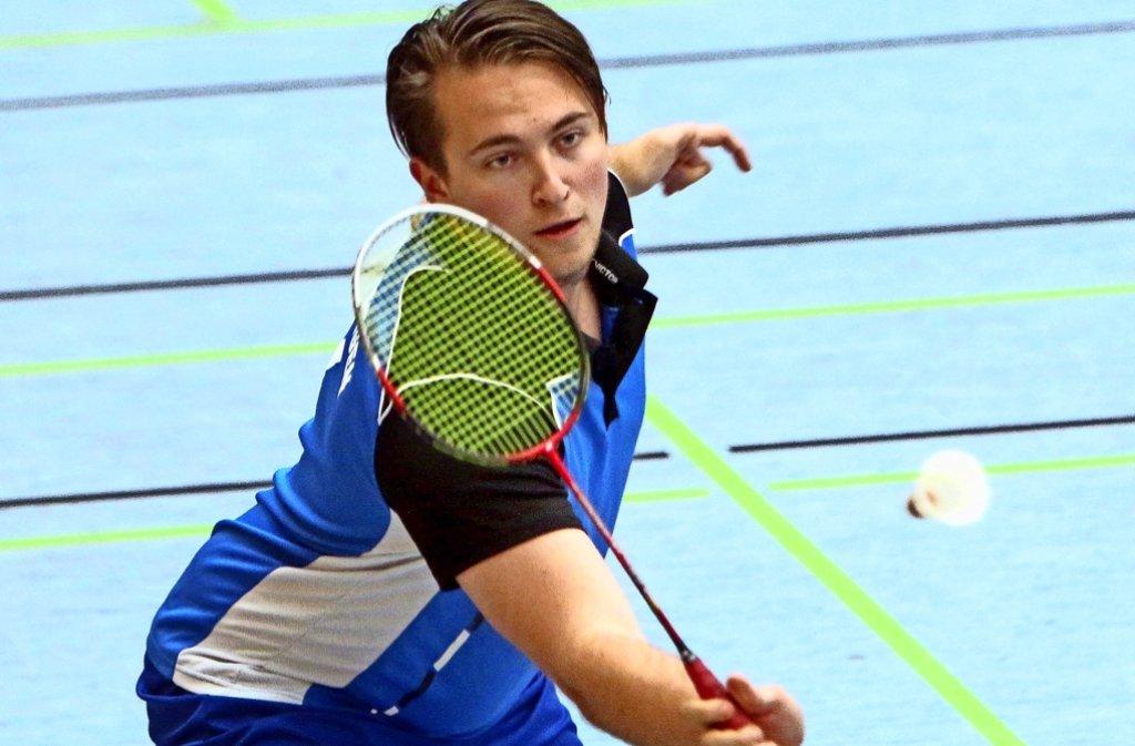Patrick Spahr   holt   mit      Partnerin  Simone Widmaier      einen  Punkt    im  gemischten   Doppel. Foto: Andreas Gorr