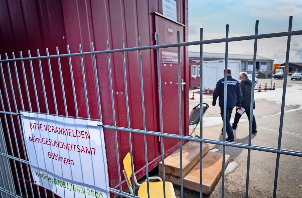 Das neue Testzentrum ist für Besucher ohne einen Termin tabu, darauf weist das Gesundheitsamt hin. Foto: factum/Jürgen Bach