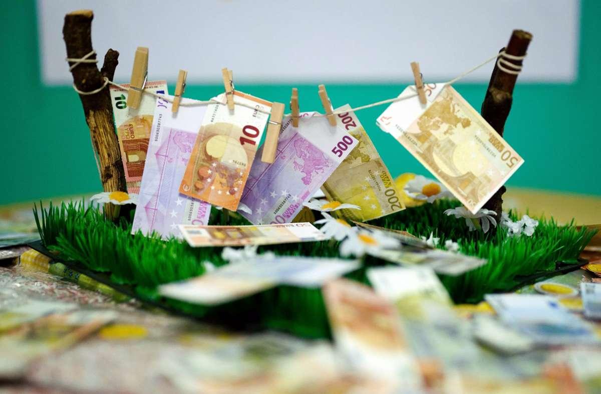 Geldwäsche wird zumeist hart bestraft. Foto: picture alliance/dpa/Henning Kaiser