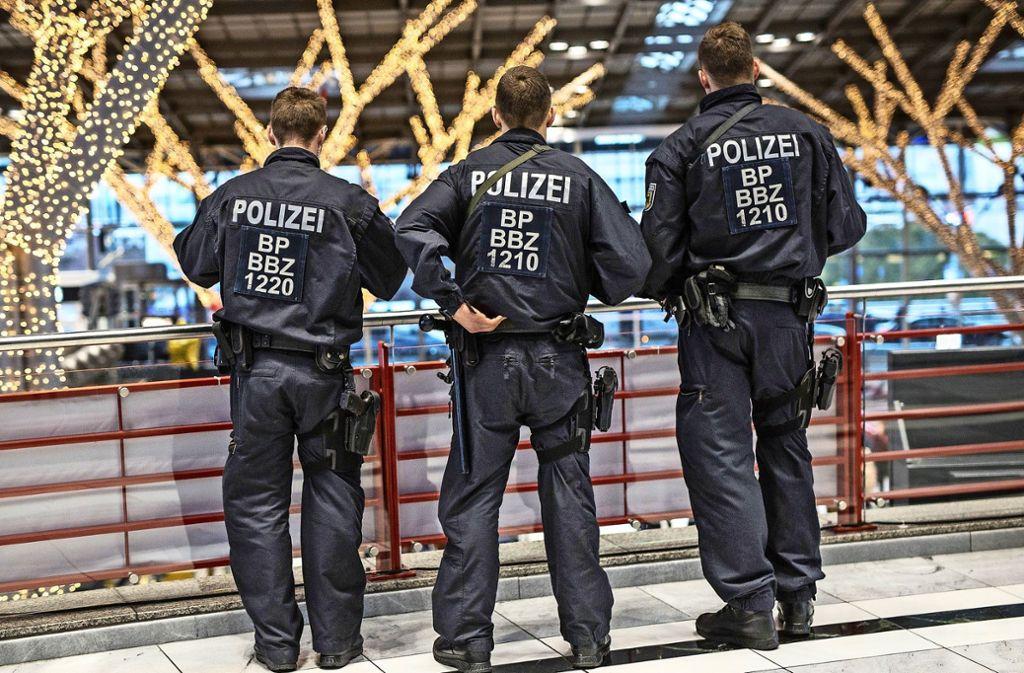 Delikte, die am Stuttgarter Flughafen verübt werden, fließen in die Kriminalstatistik von Leinfelden-Echterdingen ein. Foto: dpa