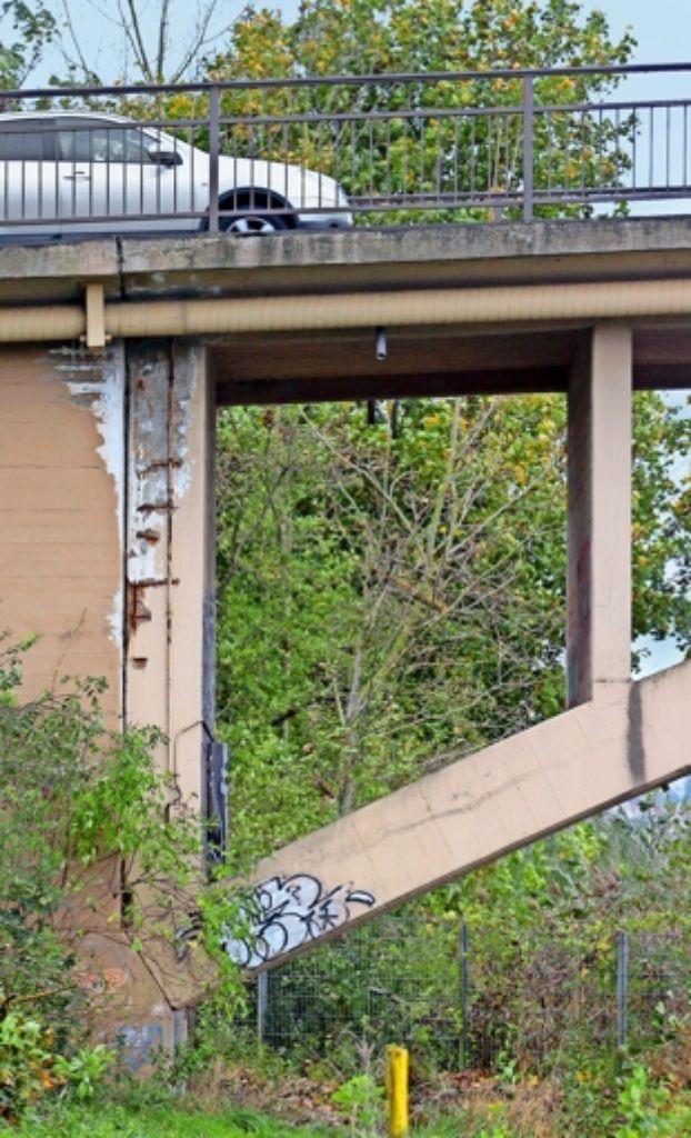 Die marode Hochberger Brücke soll komplett saniert werden. Foto: factum/Granville