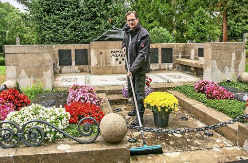 Was macht ein Friedhofsgärtner?