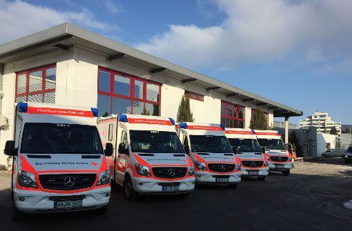 Fünf neue Rettungsfahrzeuge für den Rems-Murr-Kreis. Foto: Rotes Kreuz
