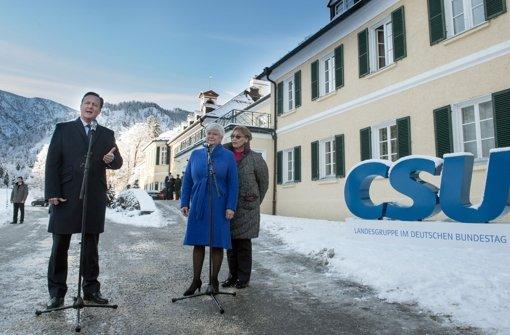David Cameron spricht im bayrischen Wildbad Kreuth vor der Presse. Foto: dpa