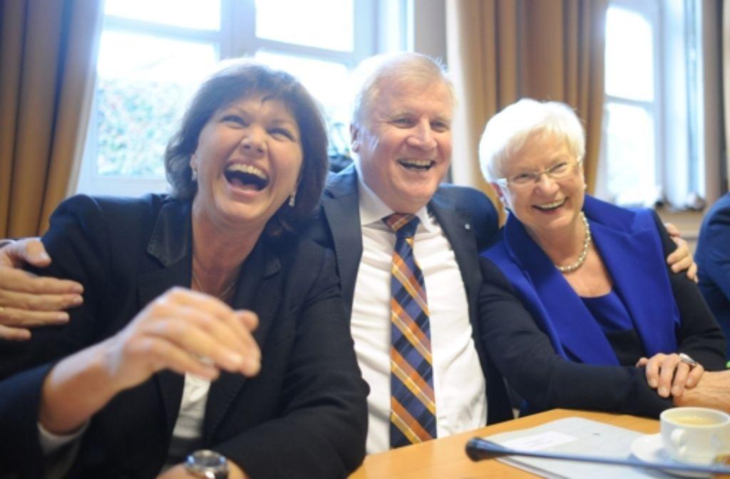 Lustige Truppe? Die CSU-Größen Aigner, Seehofer und Hasselfeldt (von links). Foto: dpa