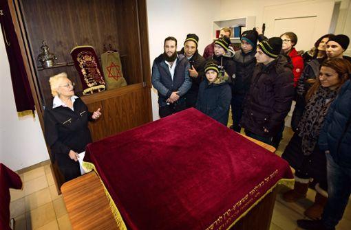Zeichen der Solidarität für die jüdische Gemeinde