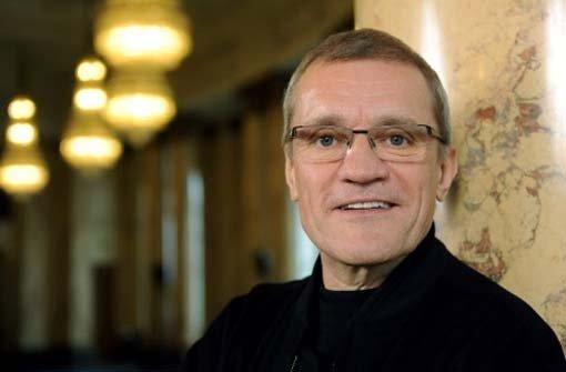 Reid Anderson bleibt Intendant