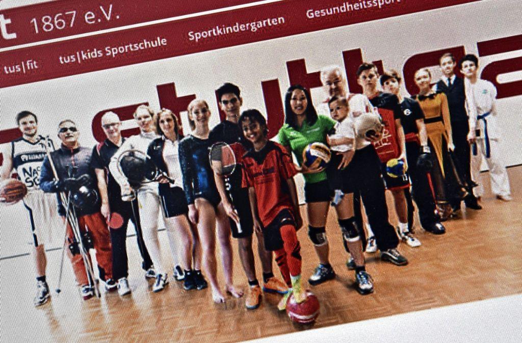 So harmonisch wie auf diesem Bild von der Homepage des Tus Stuttgart ist die Zusammenarbeit zwischen den Abteilungen nicht wirklich. Foto: Rüdiger Ott