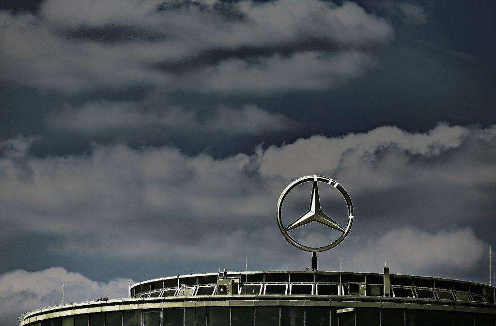 Die Türkei hat laut einem Medienbericht unter anderem Daimler der Terrorunterstützung bezichtigt. (Archivfoto) Foto: dpa