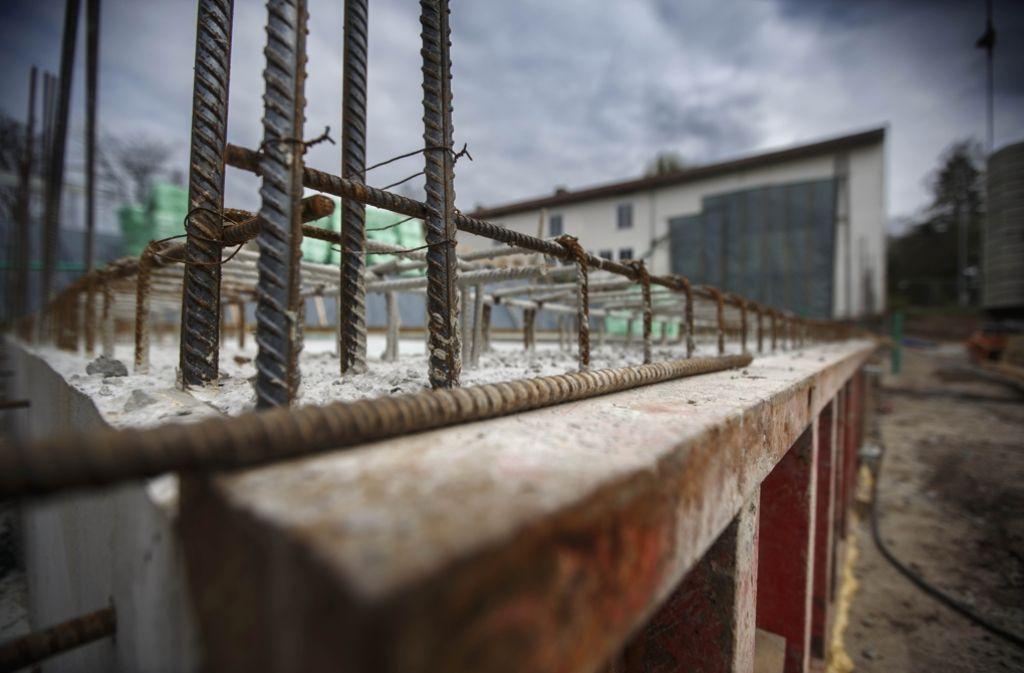 Das Fundament für den neuen Südflügel ist bereits fertig. Foto: Gottfried Stoppel
