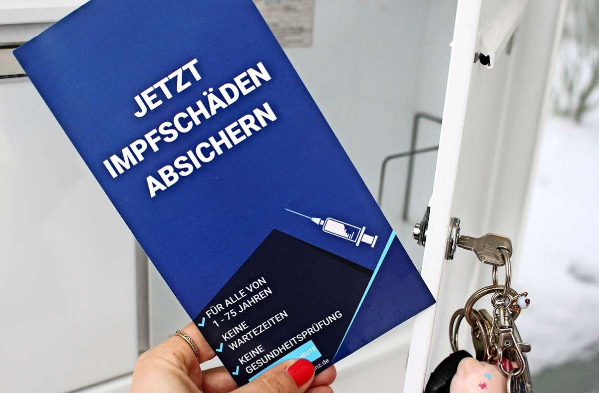 Der Versicherungsvertreter hat diesen Flyer offenbar auf eigene Faust gestaltet und an Haushalte in Sillenbuch verteilt. Foto: Holowiecki