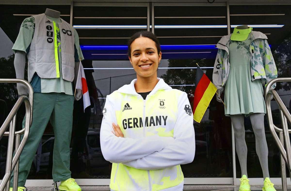 Marie-Laurence Jungfleisch bei der Einkleidung der deutschen Olympiateilnehmer Foto: Baumann