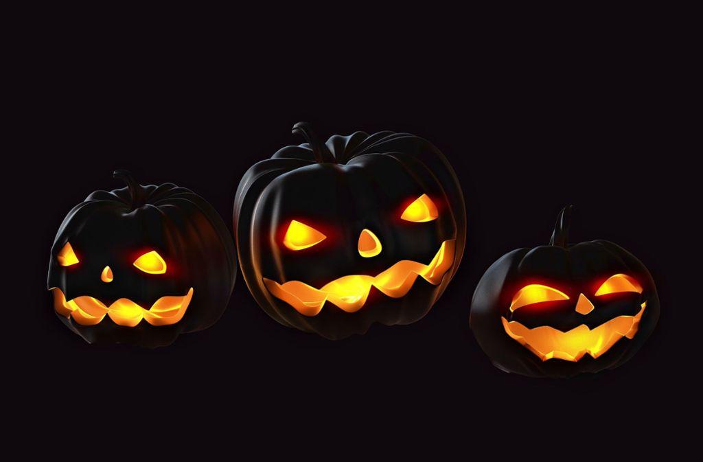 Leuchtende Kürbisse gehören fest zu Halloween Foto: Siarhei - stock.adobe.com