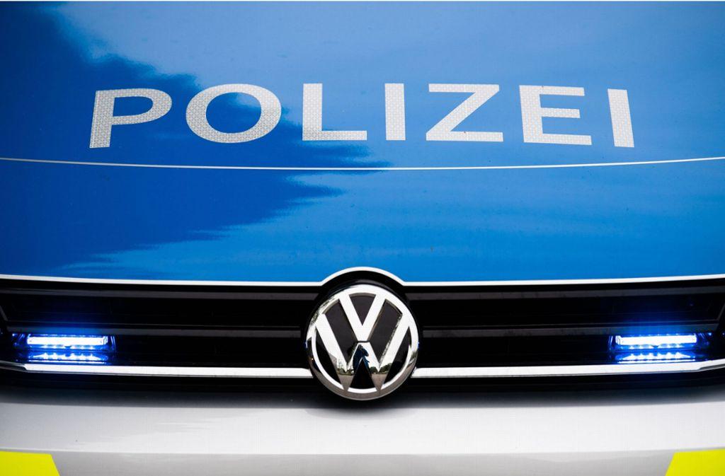 Die Polizei sucht Zeugen zu dem Ladendiebstahl in Feuerbach. (Symbolbild) Foto: dpa/Lino Mirgeler
