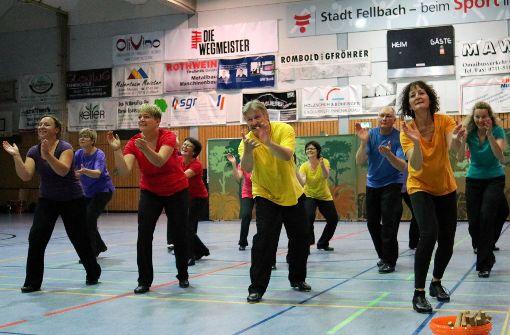 Ein  Kaleidoskop an Tänzen in Oeffingen