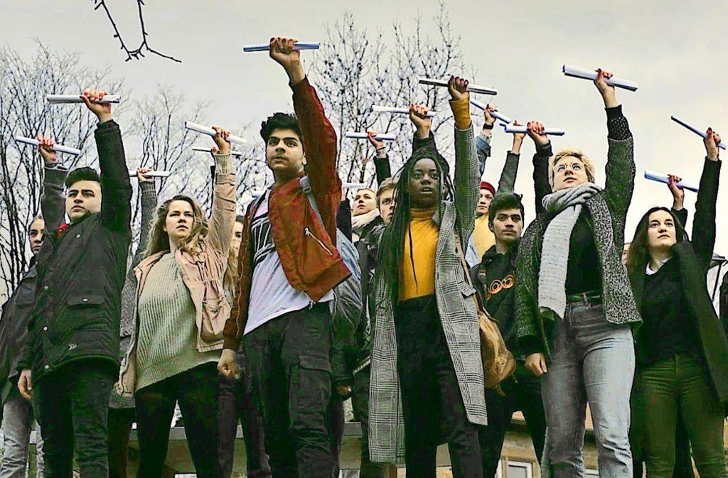 In dem neuen Musikvideo wehren sich Schüler gegen Fremdbestimmung. Foto: Simon Marian Hoffmann