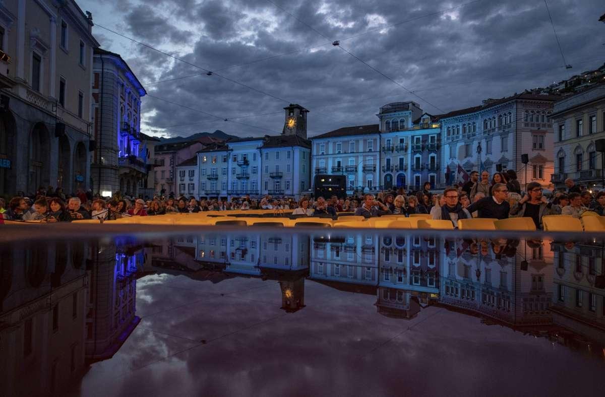 So sah die Piazza Grande von Locarno bei der Eröffnung des Filmfestivals 2019 aus. Foto: dpa/Urs Flueeler