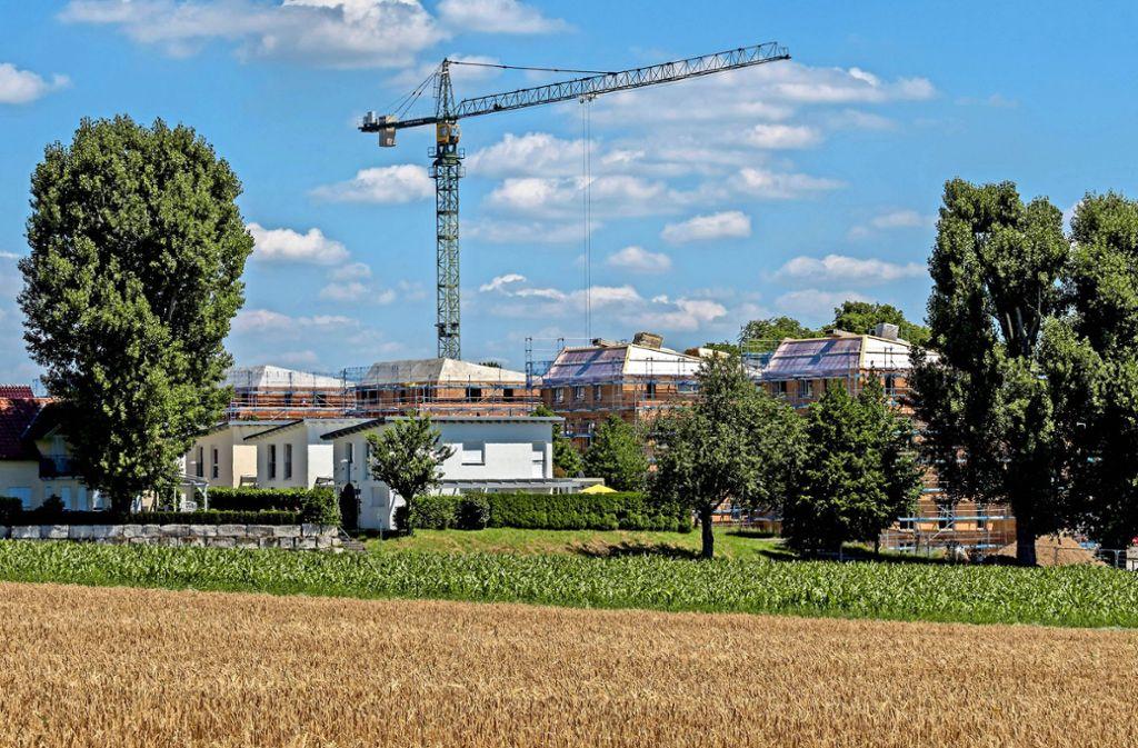 Noch wird in Ludwigsburg zu wenig gebaut: Am Rand von Grünbühl-Sonnenberg entsteht  preisgünstiger  Wohnraum. Foto: factum/Weise