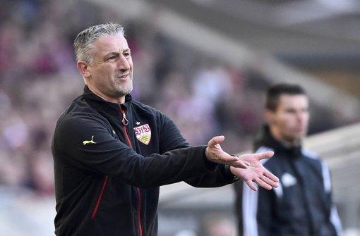 Jürgen Kramny will die sportliche Situation beim VfB verbessern. Foto: dpa
