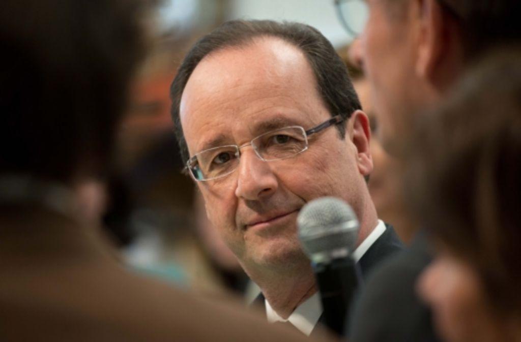 Frankreichs Staatspräsident Hollande kann das erzürnte Volk nicht besänftigen. Foto: dpa
