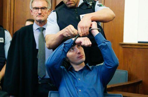 Angeklagter nimmt Stellung zu Tatvorwürfen
