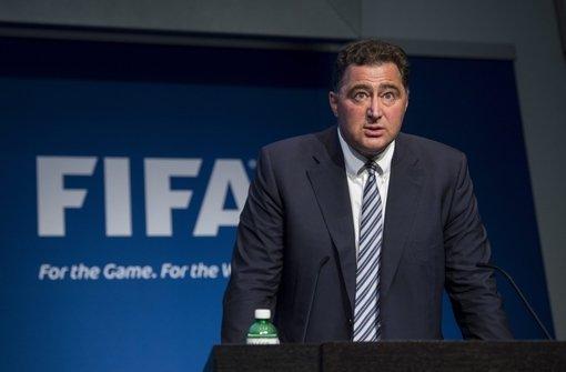 """Blatter und Platini der """"Bilanzfälschung"""" verdächtig"""