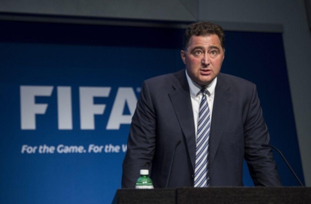 Fifa-Chefaufseher Domenico Scala findet deutliche Worte in Richtung Joseph Blatter. Foto: dpa