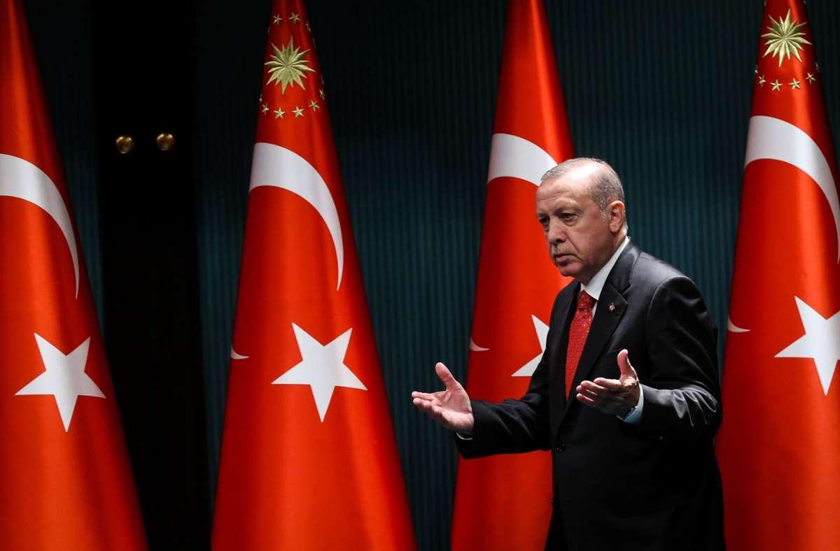 AKP-Chef Erdogan – seine Partei will soziale Netzwerke stärker kontrollieren. Foto: AFP/ADEM ALTAN