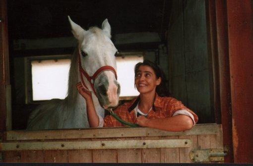 Adriana Schulz mit einem ihrer Schützlinge. Foto: StZ