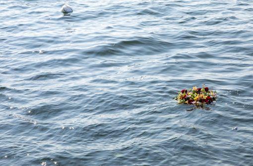 Urteil: Witwe erhält Schmerzensgeld für Seebestattung am falschen Ort