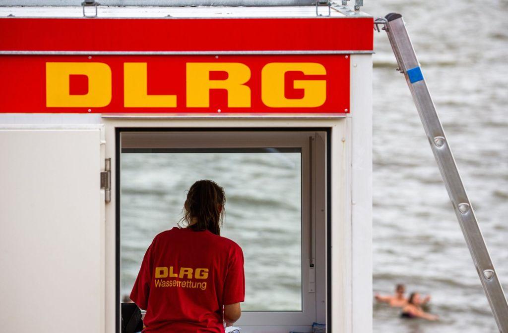 25 der Menschen ertranken laut DLRG in den Seen des Südwestens, 15 kamen in Flüssen ums Leben. (Symbolbild) Foto: dpa