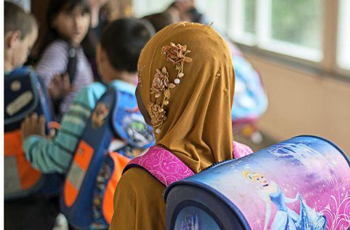 Debatte über Kopftuch- und Burkaverbot im Land