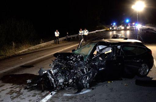 Sieben Verletzte bei schwerem Unfall – Autobahn Richtung Süden gesperrt