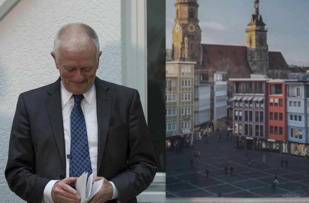 Er wirkt irgendwie befreit: Fritz Kuhn am Dienstag bei der Pressekonferenz, in der er seine Absage auf die Wiederkandidatur bekannt gibt. Foto: Lichtgut/Leif Piechowski