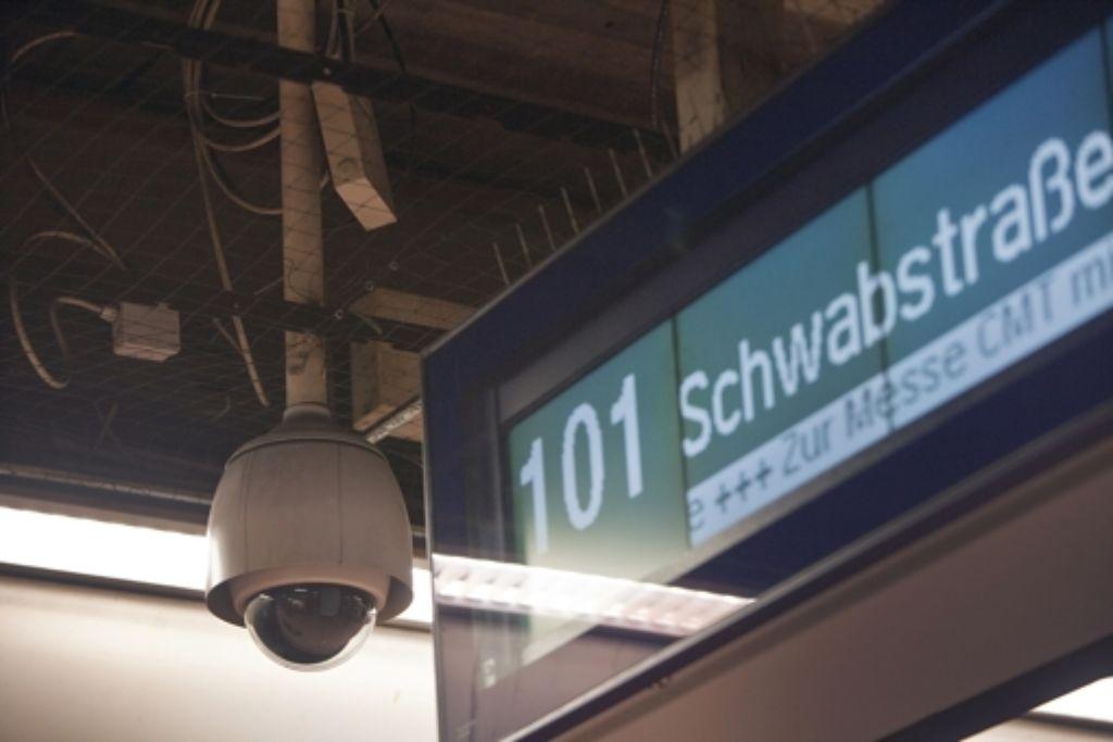 Die Videoüberwachung an den Bahnhöfen soll die Sicherheit erhöhen Foto: Zweygarth