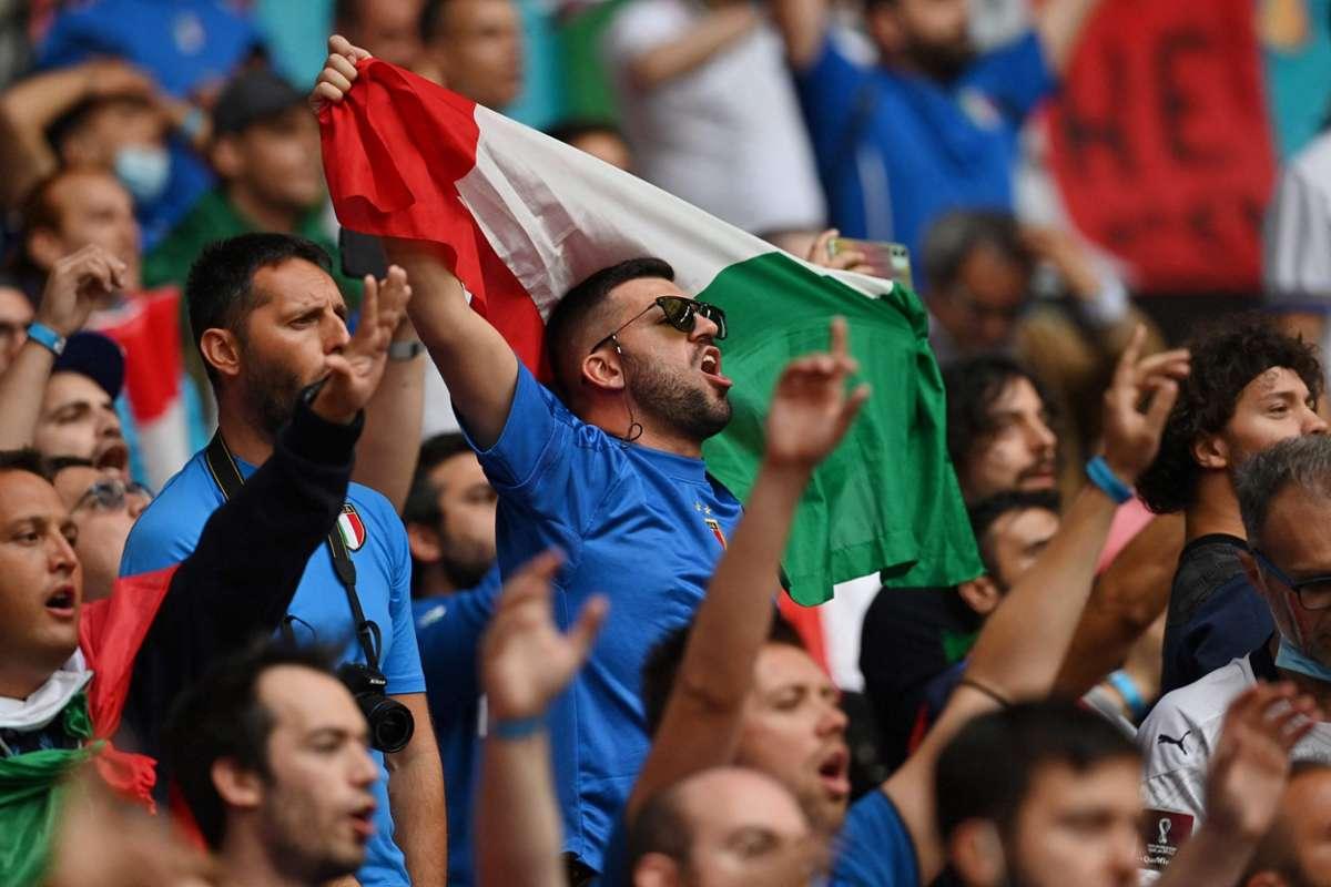 Italien-Fans vor dem EM-Finale. Foto: AFP