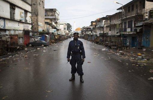 Ebola-Ausgangssperre erfolgreich