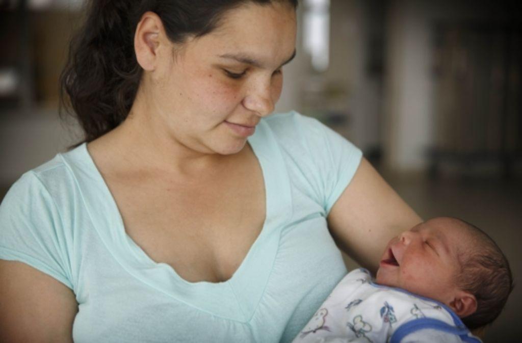 Die   Slowakin Jeanette hat  ihr Kind in Stuttgart  zu Welt gebracht. Foto: Gottfried Stoppel