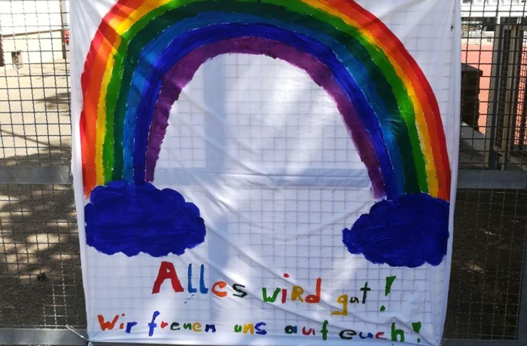 Plakat am Zaun der Körschtalsschule in Stuttgart-Plieningen Foto: Körschtal Gemeinschaftsschule