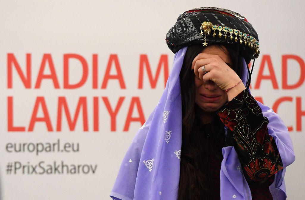 Die heute 25-jährige Murad überlebte eine dreimonatige IS-Gefangenschaft und war danach, auf Initiative des baden-württembergischen Ministerpräsidenten Winfried Kretschmann (Grüne), nach Deutschland gekommen.  Foto: AFP