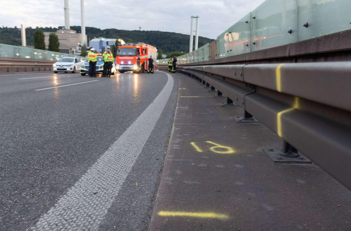 Bei dem Sturz wurde der Motorradfahrer schwer verletzt. Foto: 7aktuell.de/Max Kurrer